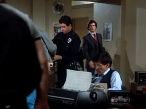 enteringpolice